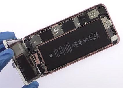 Разобранный iPhone 6s Plus