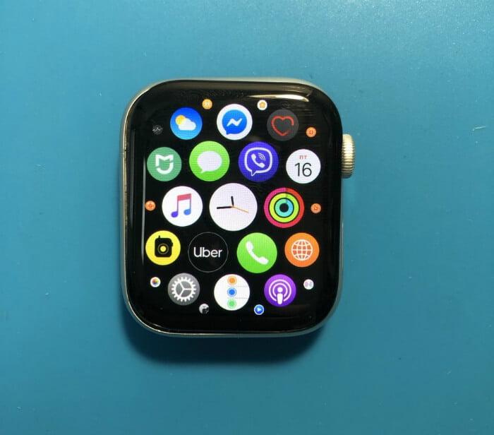 замена дисплея Apple Watch в Киеве