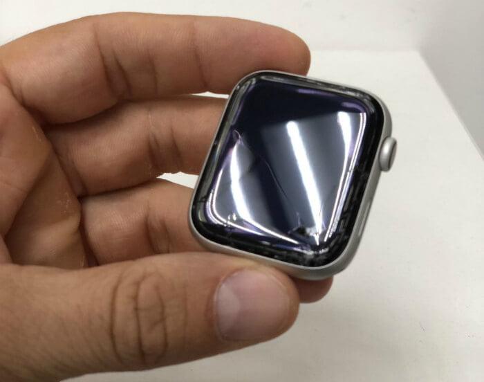 замена стекла на Apple Watch в Киеве