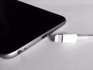 Не заряжается iPhone 6s Plus