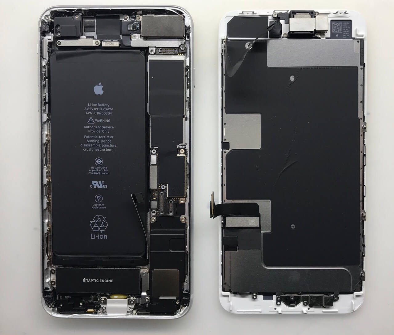 Разборка iPhone 8 Plus