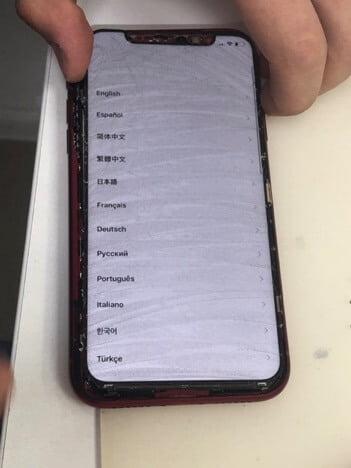 тестирование работоспособности iPhone XR