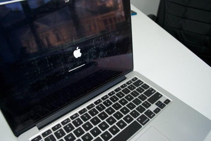 не работает клавиатура MacBook Pro A1502