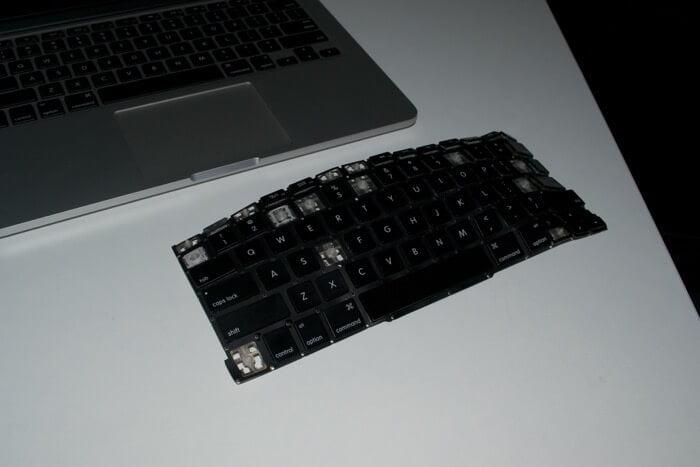 замена клавиатуры MacBook Pro A1502