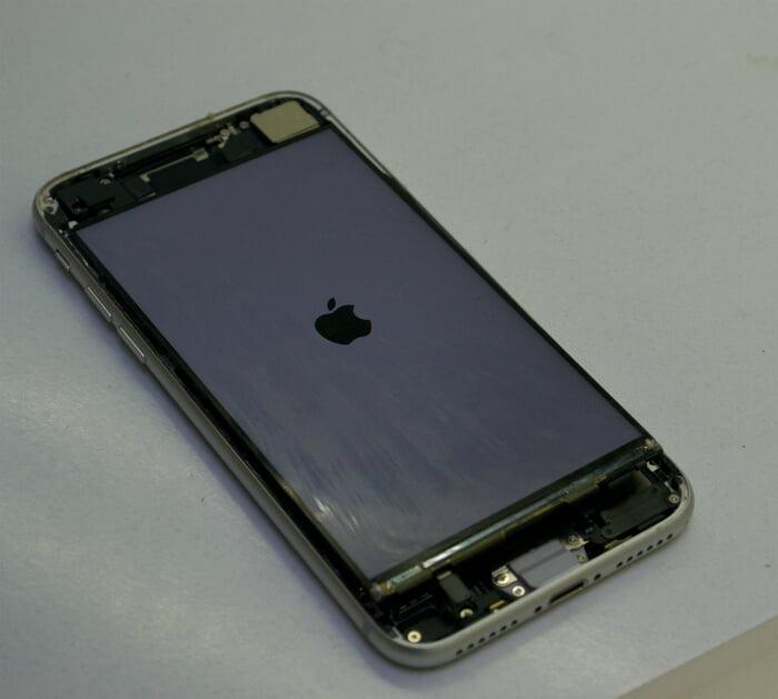 iPhone 8 диагностика дисплея