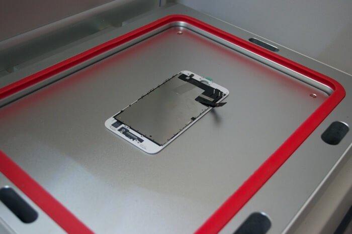 iPhone 8 в автоклаве