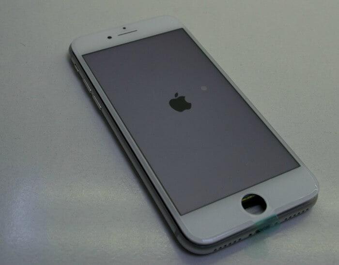 результат замены стекла на iPhone 8