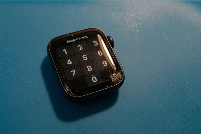 замена стекла дисплея на Apple Watch Series 5