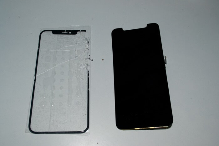 iPhone 11 Pro без стекла