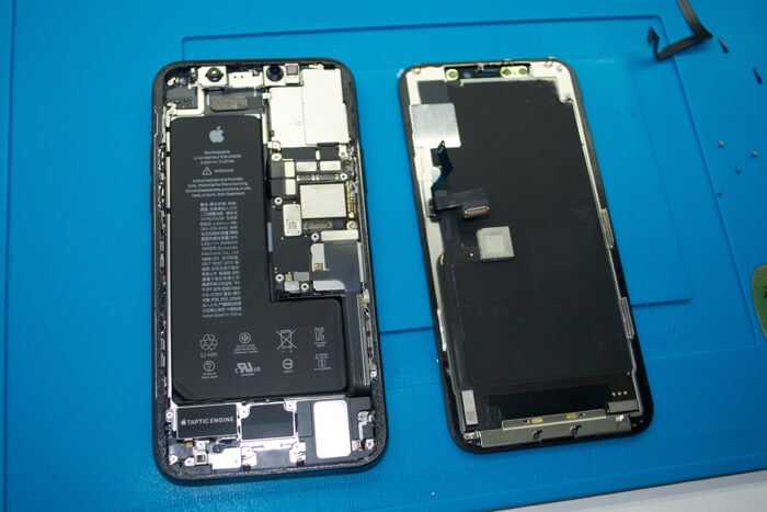 iPhone 11 Pro внутри
