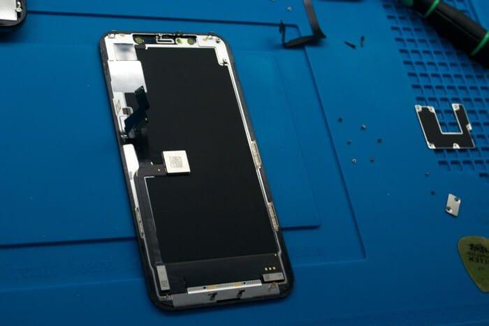разборка iPhone 11 Pro