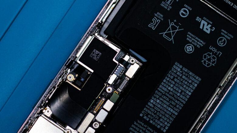 Аккумуляторная батарея iPhone XS