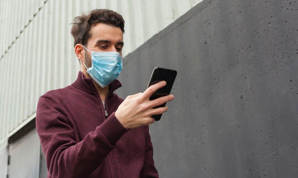 Как разблокировать Айфон с маской на лице?