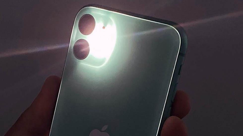 Не работает фонарик iPhone