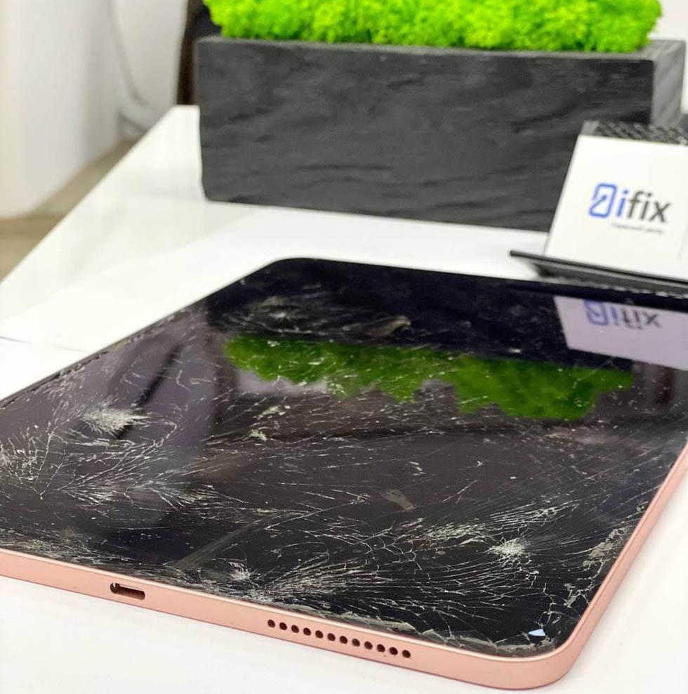 Разбитое стекло iPad Air 4